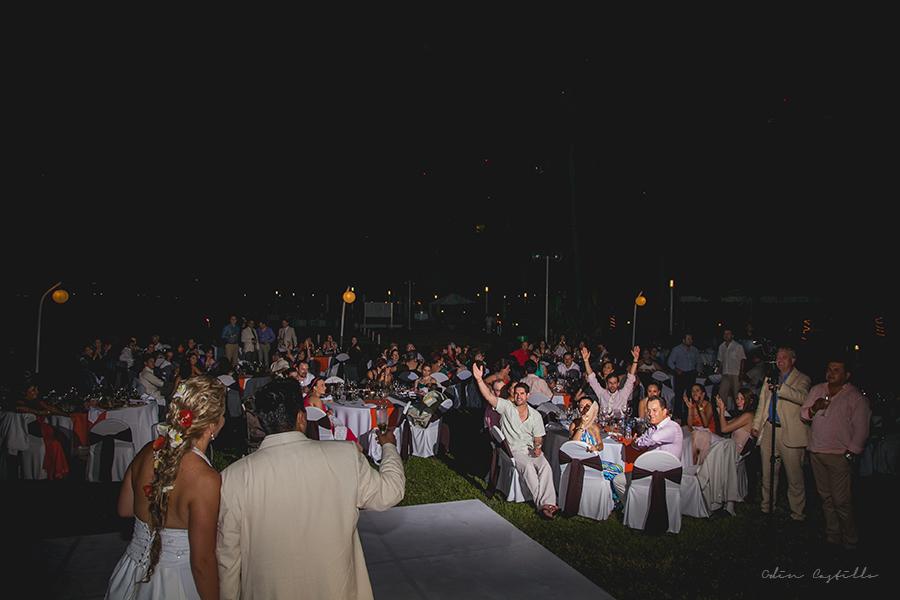 Puerto-Vallarta-Sheraton-Buganvilias-Destination-Wedding-Photos-odin-castillo-photography 20