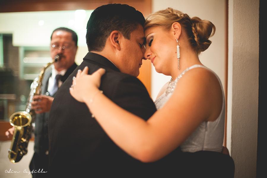 Puerto-Vallarta-Sheraton-Buganvilias-Destination-Wedding-Photos-odin-castillo-photography 8.15