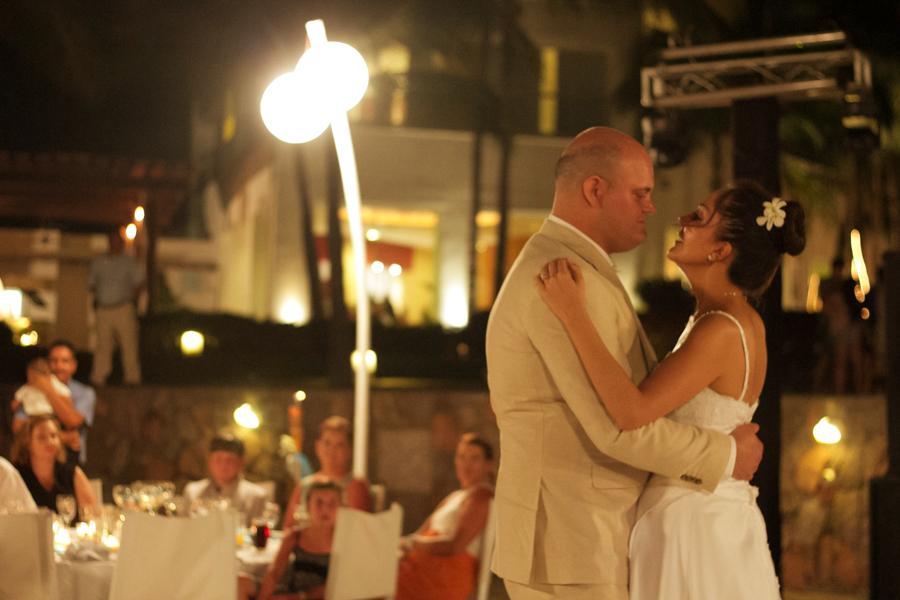 mayan-palace-puerto-vallarta-destination-wedding-photos-odin-castillo-photographer 53
