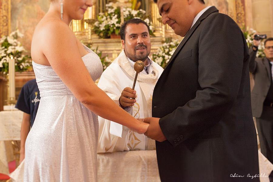 Puerto-Vallarta-Sheraton-Buganvilias-Destination-Wedding-Photos-odin-castillo-photography 8.4